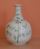 Black-Brush-on-White-Vase-246x300
